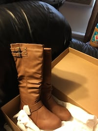 pair of brown leather boots Merced, 95340