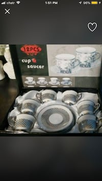White and gray ceramic dinnerware set London, N6J 2M3