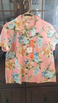 Brand new authentic Hawaiian floral blouse  Cutler Bay, 33189