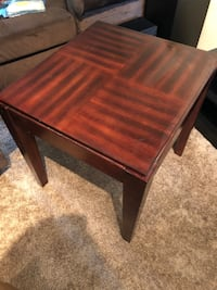 Wooden square pattern end table