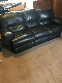 Recliner sofa for sale. Ludlow, 01056