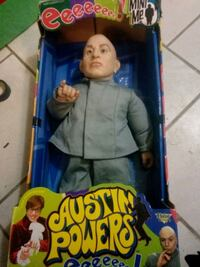 Org mini me figuring from the Austin Powers movie in original box