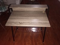 Computer desk. Gently used. Small crack/peel on the side see picture #3 New York, 10457