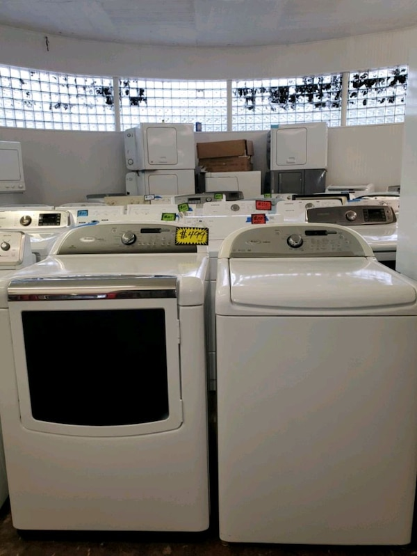 W. Top load washer and dryer set working perfectly 9dcd72e4-c17d-4580-b367-9041f63a7bd2
