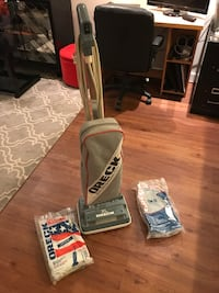 Oreck upright vacuum & bags Washington, 20002