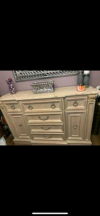 Dining and buffet bar table Haverstraw, 10927