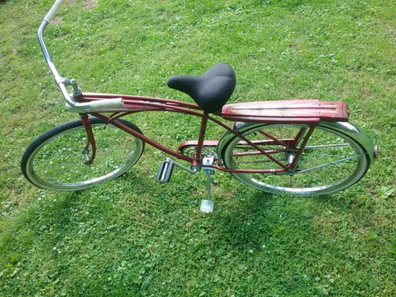 Vintage old bike FOREMOST  71ae37c2-6fef-4bbd-ab0e-4126e376bed0