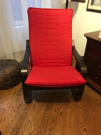 Like new gorgeous red lounge chair Côte-Saint-Luc, H4V 2X5