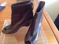 Ladies brown heels size 35 Richmond Hill, L4C 0H9