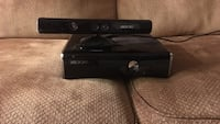 Xbox 360 console and kinect  Kelowna, V1Y 1R4