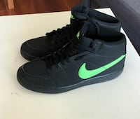 Nike shoes size 11 Mississauga, L4Z 0A3