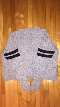 Brandy Mellvile gray and black long sleeve knit sweater