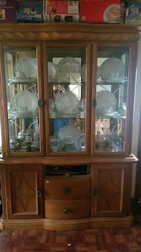 Cabinet Frederick, 21701