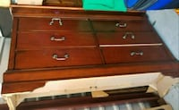 Barely used drawers Kissimmee, 34747