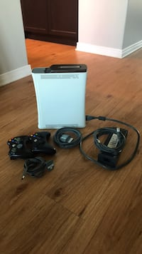 XBox 360 with wireless controllers and games Kingston, K7M 0A2