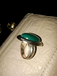 oval cut green cabochon ring 537 km