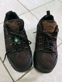 Safety shoes size 9 or 43 , CSA approved,  oil resistant Brampton, L6T 3Y1