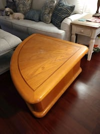Coffee table Janesville, 53548