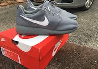 NIB Nike Roshe One Mens  [TL_HIDDEN]  Cool Grey White Mesh Running Shoes Size 10 Owings, 20736