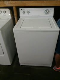 white top-load clothes washer Akron, 44306