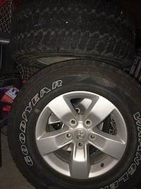 Off 2016 Dodge Ram 1500 rims and tires Belleville, K8P