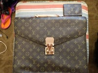 brown and black Louis Vuitton leather bag Roanoke, 36274