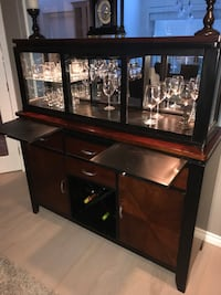 Wood and glass bar with wine shelf and other options in great condition North Vancouver, V7N 1T5