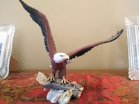 Fine Porcelain Eagle Figurine by Dr. Robert Schull Whitchurch-Stouffville