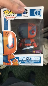 Pop ! Marvel Deadpool vinyl figure in box Lindenhurst, 11757