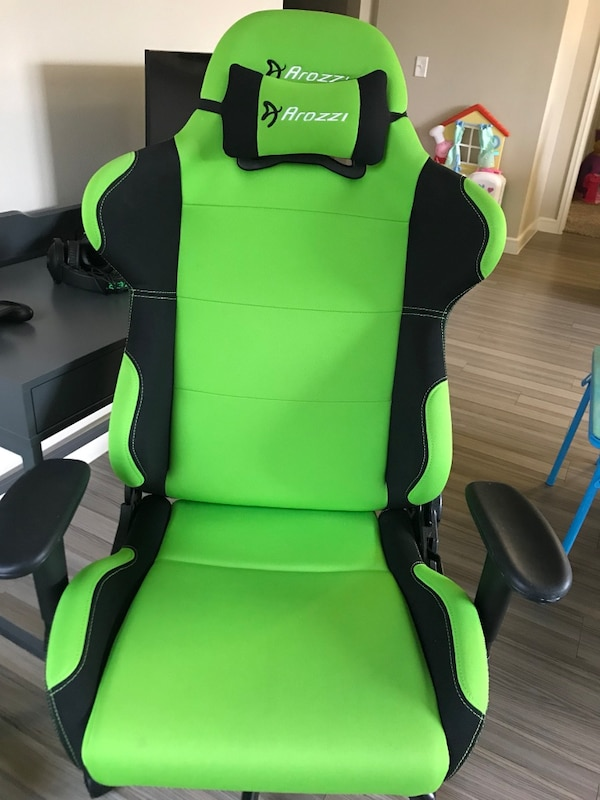 Green And Black Car Seat