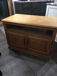 Wooden TV Stand Great Condition  Lockport, 60441