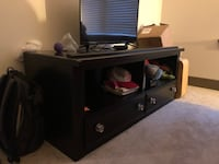Black wooden tv stand Rockville, 20850