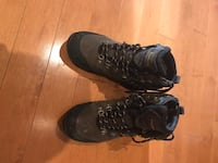 Size 8 men's windriver winter boots - worn couple of times 555 km