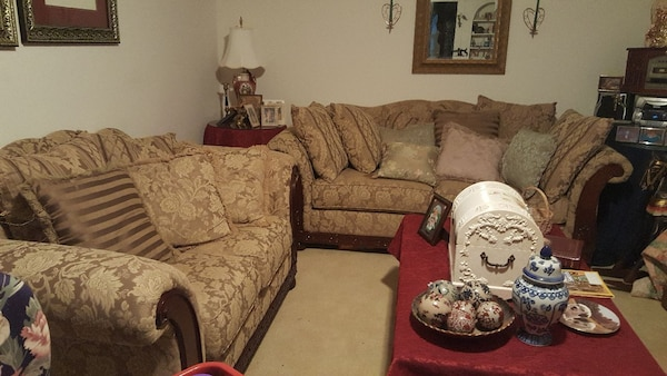Terrific Beige And Brown Floral Sofa Set With Coffee Table Gmtry Best Dining Table And Chair Ideas Images Gmtryco