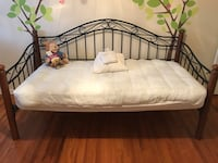 Twin sized day bed with trundle