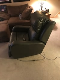 Lift Recliner. Leather. Southern Motion Brand. 5 Year Exactly Care Protection Plan Plymouth