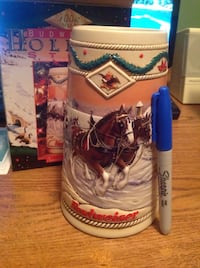 Collectible 1996 Budweiser Holiday Stein Calgary, T2X