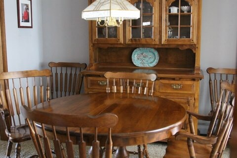 letgo solid maple dining room set tem in chicopee ma