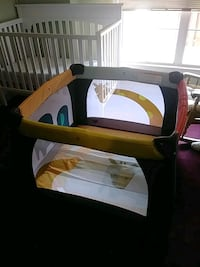 baby's green and black travel cot Gaithersburg, 20886