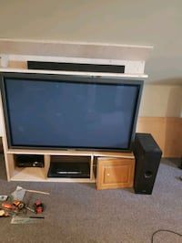 MUST READ- T.V BUNDLE St. Catharines, L2R 6L6