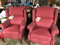 Pair of Lane recliners like new  Knoxville, 21758