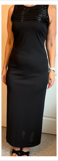 Selling ladies black dress Coquitlam, V3E 2X8
