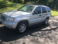 Jeep Grand Cherokee - 2004 ** Laurel