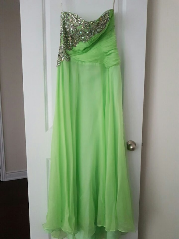 238fb93366ce6 Used Tony Bowls lime green strapless dress for sale in King City - letgo