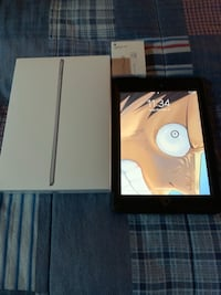 iPad 5th Gen 32GB WiFi -Cellular 558 km