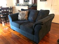 Blue love seat couch Norfolk, 23518