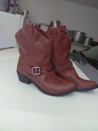 All man-made materials brown short boots Pittsburg, 94565