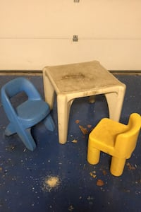 Little Tikes table and chairs Fairfax, 22032