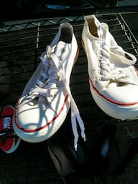 white-and-red Air Jordan basketball shoes Porterville, 93257