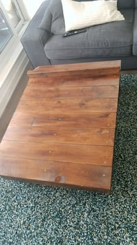 Reclaimed wood coffee table Toronto, M5A 3H6